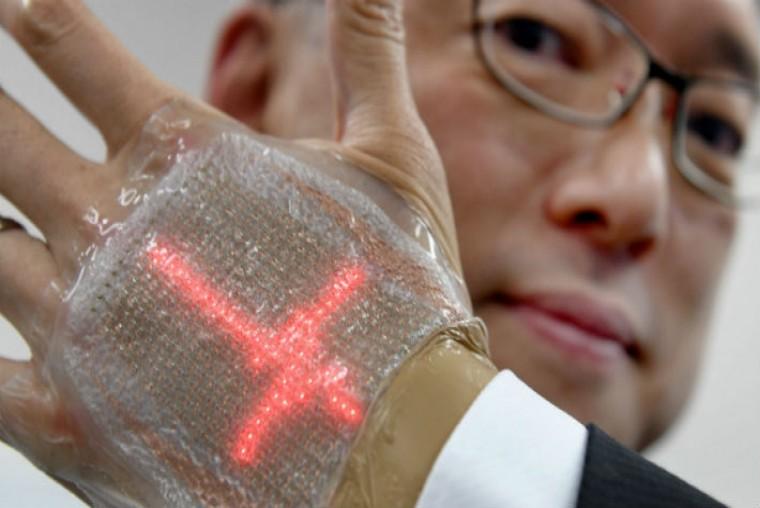 Crean pantalla LED que puede pegarse a la piel y proyectar imágenes - WDesign - Diseño Web Profesional