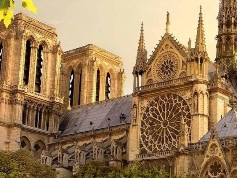 Los chilenos que crearon unos lentes con realidad virtual para recorrer Notre Dame en 3D y ver cómo ha cambiado a lo largo de los siglos - WDesign - Diseño Web Profesional